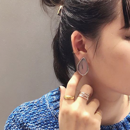 Xmas limited × Cushion Earringの写真